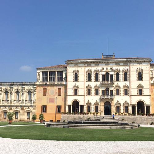 Location Villa Contarini