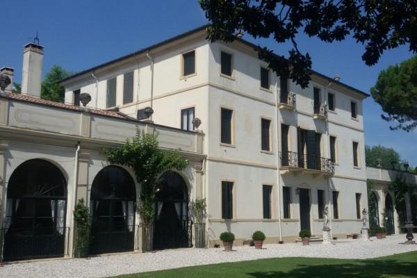 location villa rizzi albarea